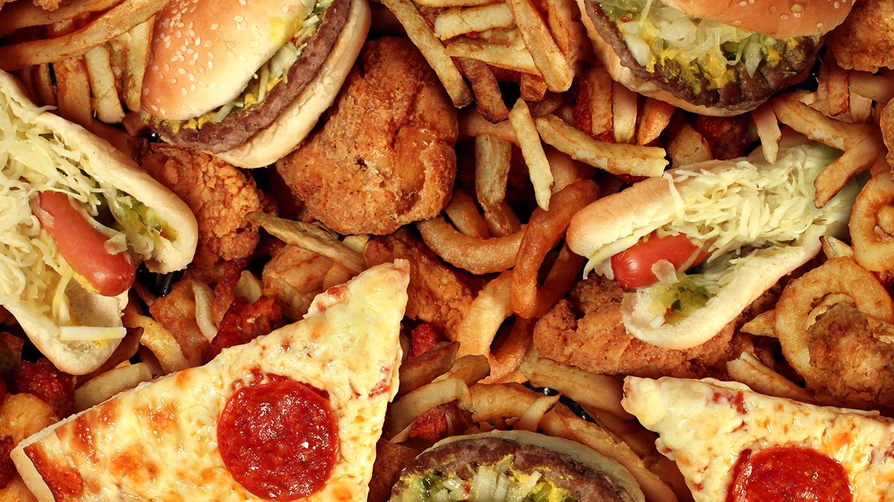 อาหารที่เสี่ยงเกิดโรคมะเร็ง